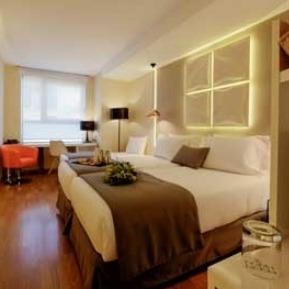 Hoteles en barcelona Evenia Rosselló