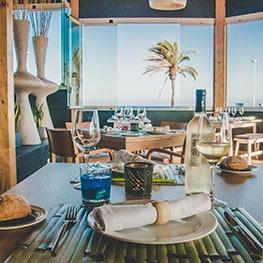restaurantes temáticos evenia zoraida beach resort